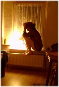 Fenster, Fotografie, Frau, Menschen