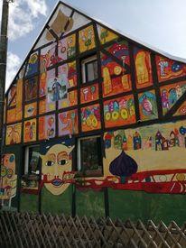 Knorrendorf, Modern art, Jahrhundertwasserhaus, Malen