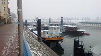 Duisburg, Schiff im hafenbecken, Fotografie, Hafen