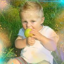 Sommer, Wiese, Apfel, Kleinkind