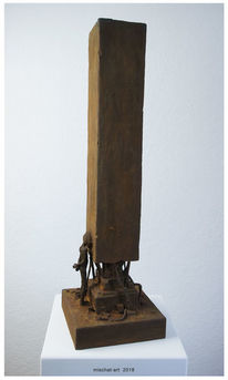 Surreal, Figural, Monolith, Skulptur