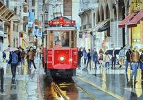 Straße, Straßenbahn, Menschen, Regen