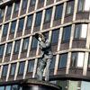 Scherz, Fotografie, Statue
