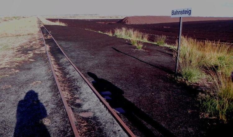 Bahnsteig, Schatten, Moor, Fotografie,