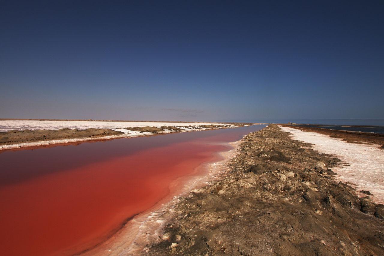 Walvis Bay Namibia  city photo : Salzgewinnung bei Walvis Bay, Namibia Bild / Kunst von Axel Zwiener ...