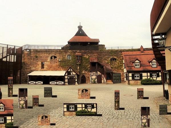 Burg, Digitale bildbearbeitung, Hof, Burgthann, Installation, Fotografie