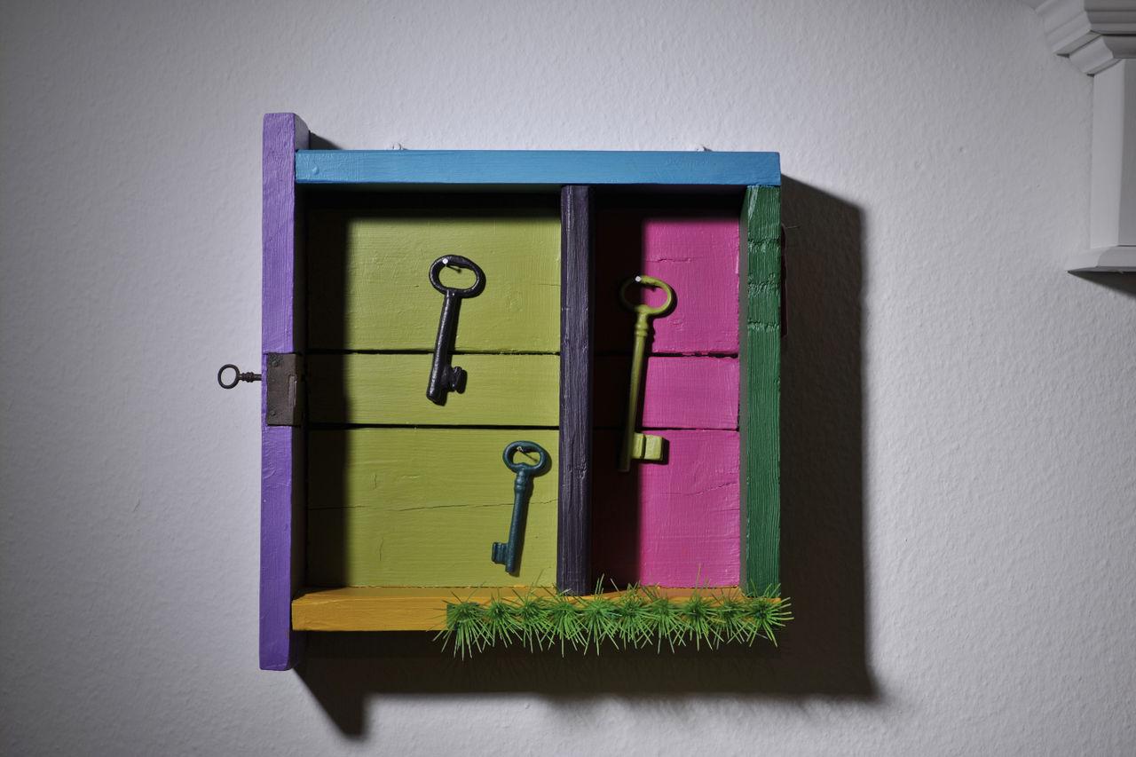 bild wandobjekt schl ssel holz schublade von christine. Black Bedroom Furniture Sets. Home Design Ideas