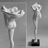 Ballerina - Michael Becker Skulptur Holz Schnitzerei Bildhauerei Tänzerin Frau Standbein Grazie Murmeln Kugeln Glas