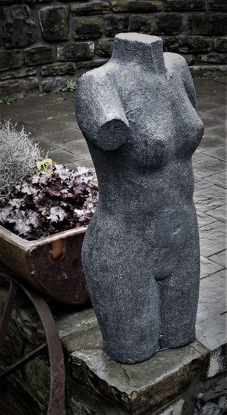 Torso, Figur, Skulptur, Gartenfigur, Beton, Weiblich