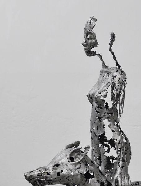 Eisen, Skulptur, Figurativ, Skulptur frau metall, Weiblich, Metall