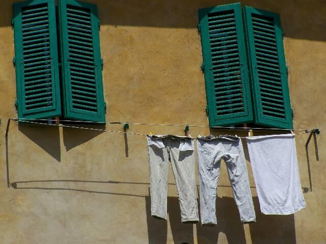 Hose, Fenster, Italien, Fotografie, Stillleben