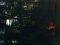 Wasserspiegelung, Detailausschnitt, Licht, Fotografie