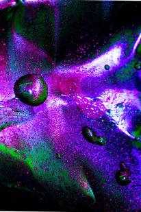 Licht, Wasser, Blech, Farben
