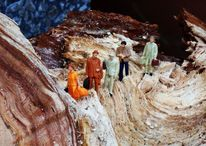 Miniaturfiguren, Merkel, Holz, Krise