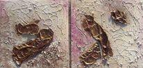 Fäden aus heißklebepistole, Klarsichtfolie, Spachtelmasse mit sand, Malerei