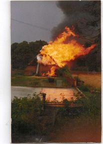 Fotografie, Scheune, Flammen, Blitz
