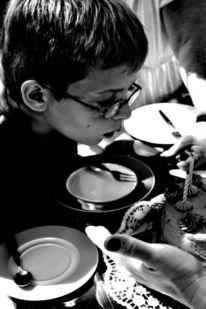 Kind, Kerzen, Kuchen, Fotografie