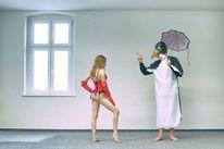Schimpfen, Pinguin, Schirm, Frau