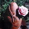 Blumenfrau, Keramikfigur, Gartenkeramik, Terrakotta