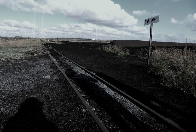 Einsamkeit, Bahnsteig, Moor, Fotografie,