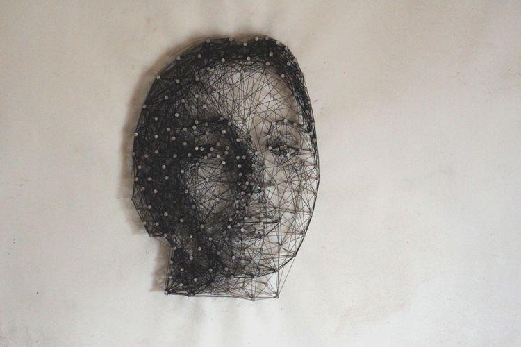 Nagelundfaden, Portrait, Nagel, Faden, Mischtechnik,