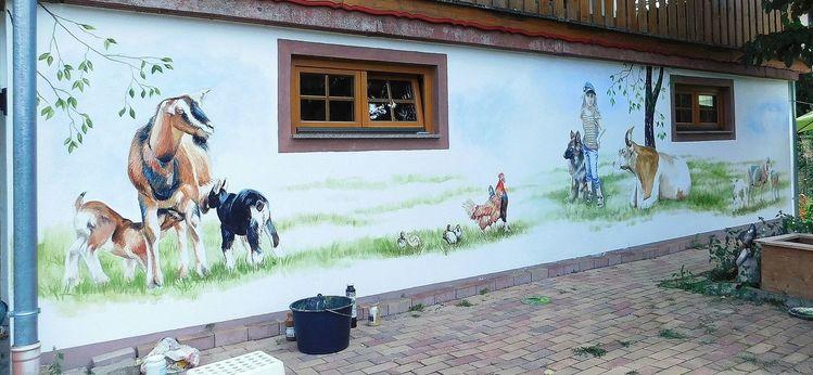Wandmalerei, Huhn, Hauswand, Kind, Ziegen, Haus