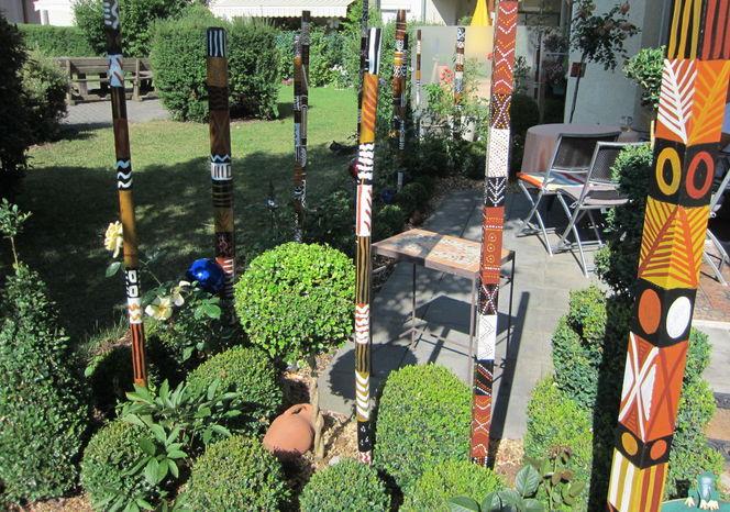 Naturfarben, Kommunikationsstab, Bootslack, Temperamalerei, Symbol, Gartenobjekt