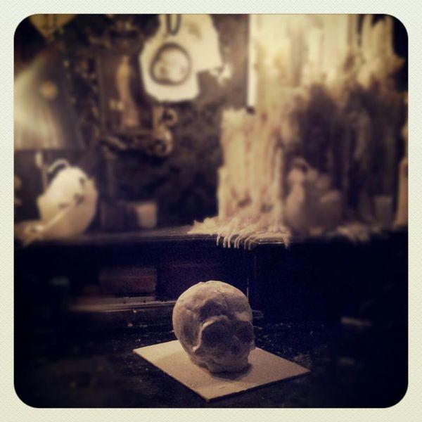 Fetal skull, Plastik, Abstrakt