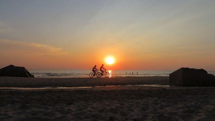 Abend, Sonnenuntergang, Fahrrad, Welle, Menschen, Himmel