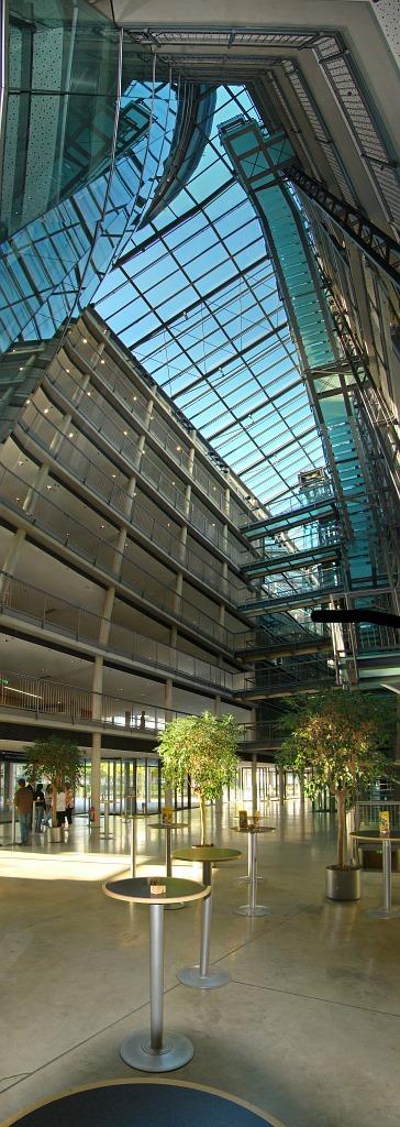 Bild architektur fotografie transparenz vertikal von for Christian hoenig
