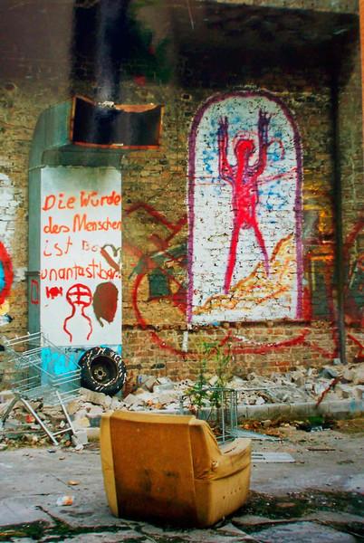 Kreuzberg, Graffiti, Sessel, Fotografie, Straße, Schmuddelecken