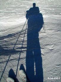 Schnee, Schatten, Skispitzen, Kurzski