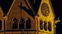 Kirche, Zeit, Frage, Schweigen