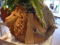 Plastik, Tierbaum, Löwe, Elefant