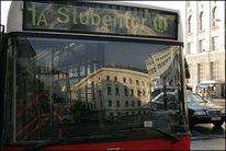 Wien, Öffis, Bus, Spiegelung