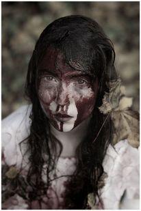 Blut, Kosmetikindustrie, Gesellschaftsdruck, Frau