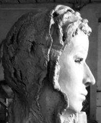 Lilienmaria, Profil, Menschen, Plastik