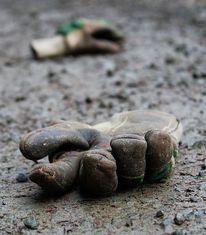 Einsamkeit, Trist, Handschuhe, Wald