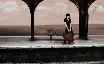 Frau, Koffer, Wolken, Herz
