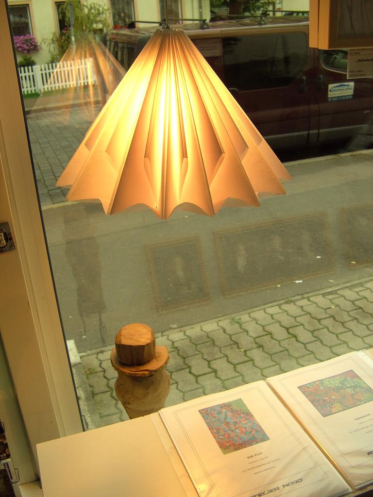 bild - design, licht, atelier, lampe von soeart bei kunstnet