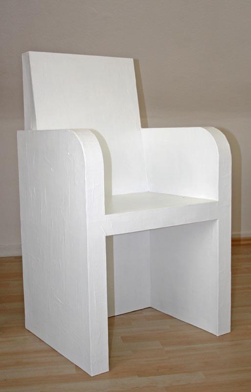 Bild stuhl pappe bemalen bekleben von createur bei kunstnet - Stuhl aus pappe ...