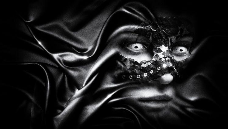 Geist, Faust, Orakel, Ethik, Verwandlung, Flammen