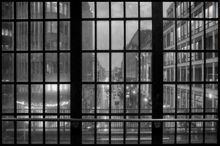Leben, Bahnhof, Berlin, Fensterfront, Fotografie