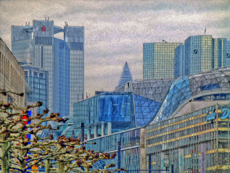 Frankfurt, Slyline, Messeturm, Digitale kunst