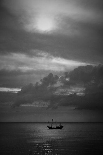 Schiff, Weiß, Segelboot, Meer, Nacht, Wolken