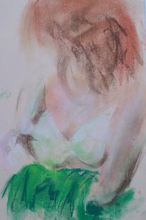 Sitzen, Grünes kleid, Rotes haar