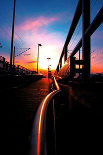 Metall, Sonne, Mast, Bahnhof