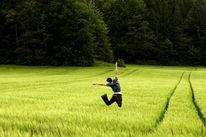 Feld, Rasen, Springen, Befreiung