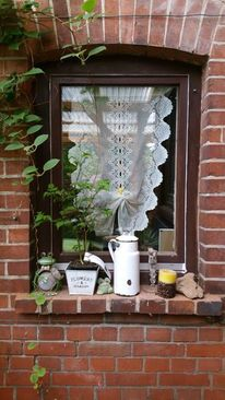 Stillleben, Kerze mit kaffeebohnen, Fenster, Fotografie