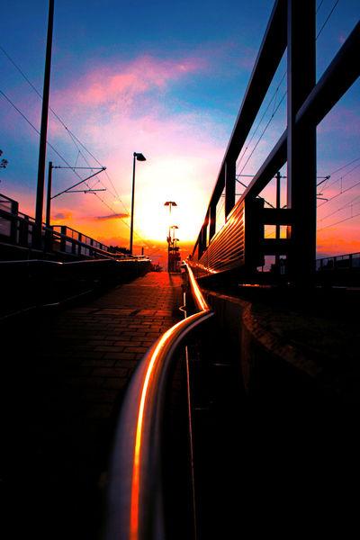 Licht, Stromleitungen, Metall, Sonne, Mast, Bahnhof